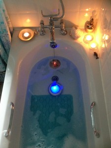 Sonic healing in a water bath